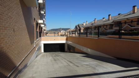 zonas comunes - entrada al garaje